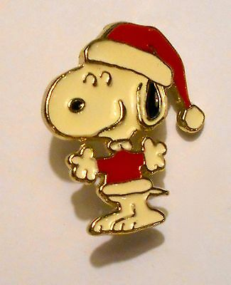 "Snoopy Pin With Santa Hat Pin !965 Peanuts Vintage 1-3/8"" Hat Pin"