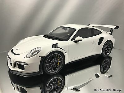 GT Spirit Porsche 911 (991) GT3 RS White Resin Model Car 1:18