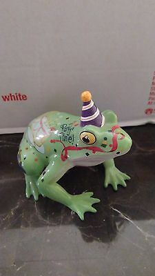 FANCIFUL FROGS COLLECTION WESTLAND GIFTWARE HOPPY BIRTHDAY FROG Item #6332