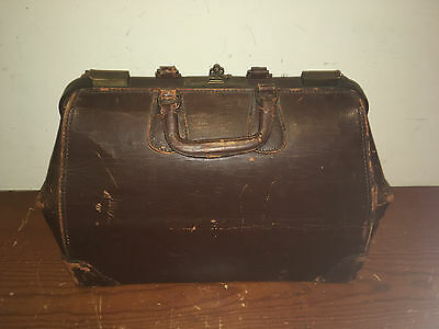 Antique Brown Cowhide & Brass Doctors Bag With Original Key And Numerous Pockets