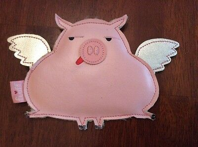 FLUFF Brand Vinyl PIG WITH WINGS Zippered Coin / Change Purse. New And Unused.