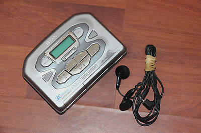 Sony Walkman Wm-Fx491 Personal Fm/am Cassette Player Inc Original Headphones,