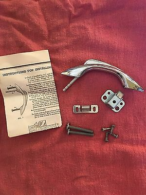 1 VINTAGE NOS CHROME Pull Handle Push Catch Cabinet Latch