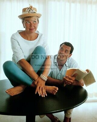 Doris Day And Rock Hudson Hollywood Legends - 8X10 Publicity Photo (Zz-861)