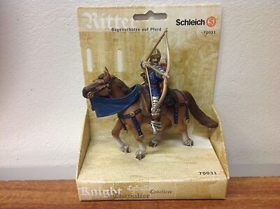 Schleich World of Knights Archer on horse back (blue) 70031