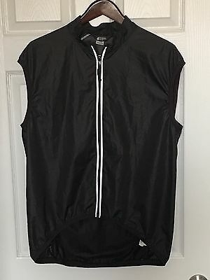 Men's Mountain Equipment Coop Cycling / Outdoors / Climbing Vest Size Large