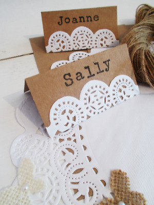 Shabby chic wedding place cards x 20 - Paper doily and kraft rustic table decor