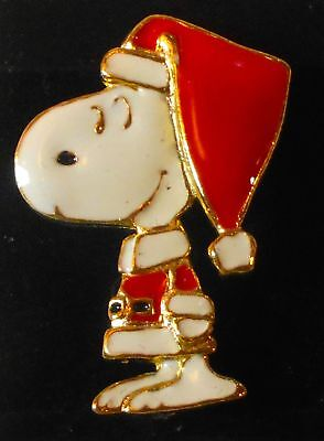 """Snoopy Pin With Santa Hat  !965 Peanuts Vintage 2"""" Costume Jewelry Pin"""