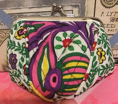A Very Cute Small Flower Print Vera Bradley Coin Purse