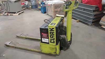 CLARK WP40 Walk Behind Fork Lift with Battery Charger
