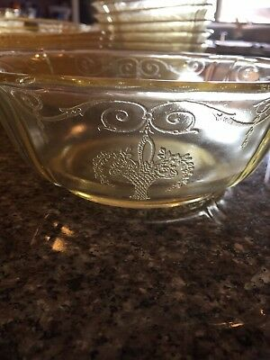 Depression glass Yellow Lorain 8'' Berry Bowl Super Rare