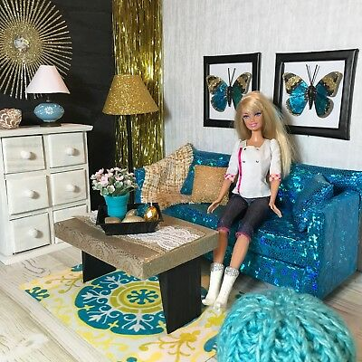 Sofa Furniture für Barbie Doll Puppe Monster High Fashion Royalty