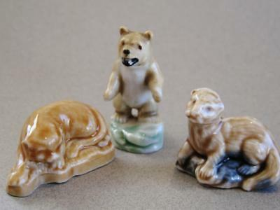Vintage Wade Whimsie collection of 3 figurines.