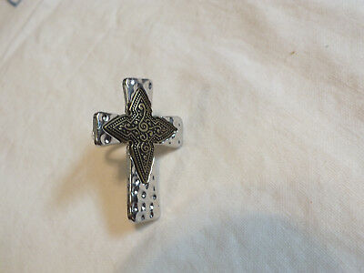 Beautiful Silver Brass Tone Chunky Cocktail Ring CROSS Size 7 1/2 WOW