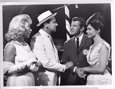 Betty Bruce Walter Matthau Robert Preston Giorgia Moll ISLAND OF LOVE 1963 still