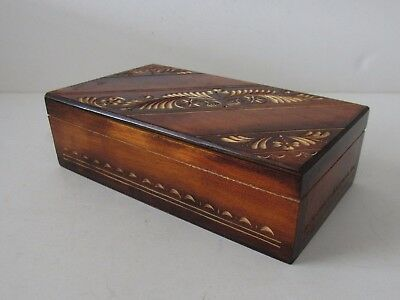 Vintage Wood Box, Carved Lid, Very Good Condition, Look !