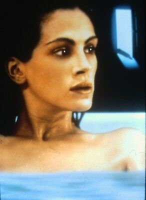"JULIA ROBERTS in ""Sleeping With The Enemy"" - Original 35mm COLOR Slide - 1991"