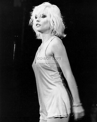 "Debbie Harry ""Blondie"" Lead Singer - 8X10 Publicity Photo (Fb-302)"