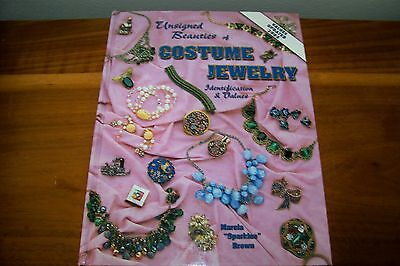 Identification/price Guide Book On Unsigned Beauties Of Costume Jewelry