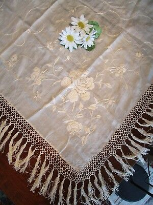 Ivory Silk Piano Scarf/Table Linen, Scarf w/Floral Embroidery Vintage, Gorgeous