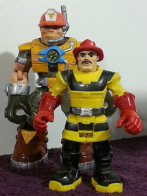 Fisher Price Fire Rescue Action Figures  Lot Of 2 Loose Great Shape 2001