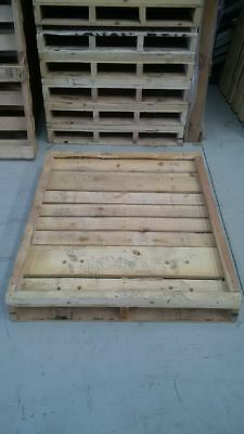 Pine timber pallet / skid only used once. Very good condition.