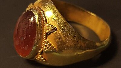 ROMAN  GOLD INTAGLIO RING  Circa  4TH  Century AD.