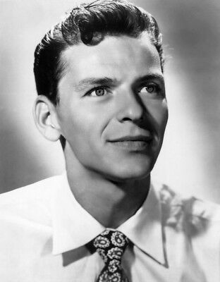 Frank Sinatra 8X10 Photo - American Singer & Movie Star - Icon - H731