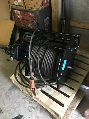 Paccar Braden 15,000 lbs hydraulic winch with 5/8 cable