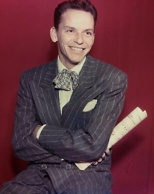 Frank Sinatra 8X10 Photo - American Singer & Movie Star - Icon - H736