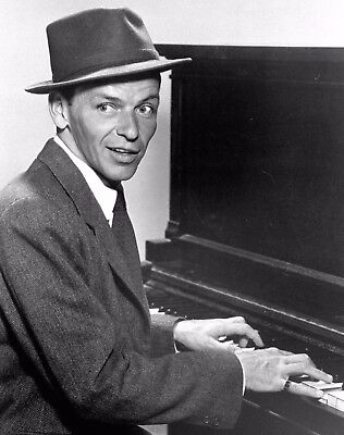 Frank Sinatra 8X10 Photo - American Singer & Movie Star - Icon - H749
