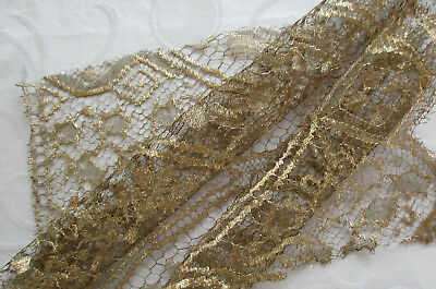 Vintage Gold Metallic Lace Rose Design Scalloped Bottom French