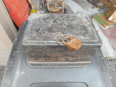 vtg cast iron strong box with lock