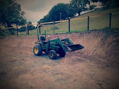 John Deere 755 Compact Tractor with Loader