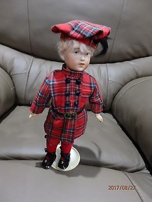 Reproduction  Antique doll Kammer & Reinhardt 109 28 cms (11inch) fully dressed