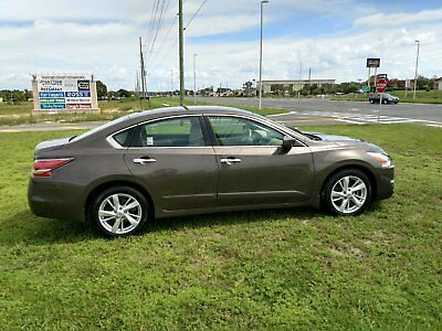 2015 Nissan Altima SV Warranty Low Miles 2015 Nissan Altima SV, One Owner, Low Miles, Like New, Still Under Warranty.