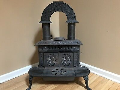 1840 Circa Antique Column Parlor Stove/ Wood burning
