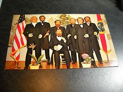 Vintage House of Presidents Postcard