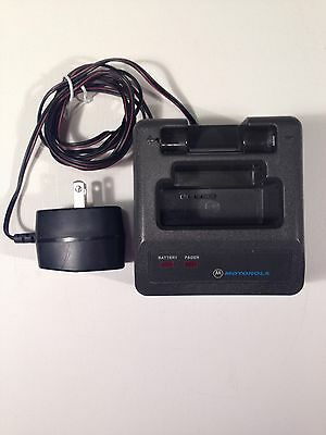 Motorola Minitor II (2) pager standard charger Model NRN 4952A Tested Working