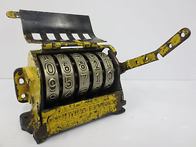 Antique 1897 American Counting Machine, Lever, Belmont Park Montreal