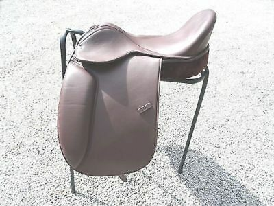 NEWLY DESIGNED WESTERN TRICK RIDING SADDLE 14 TO 19.5 SIZES (Black & Brown)