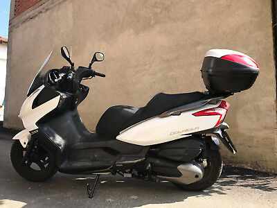 scooter Kymco, modello downtown, 300 cc, 17.000 km originali