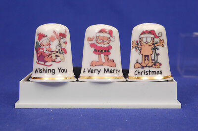 Garfield 'Wishing You A Very Merry Christmas' Box Set of 3 China Thimbles B/172