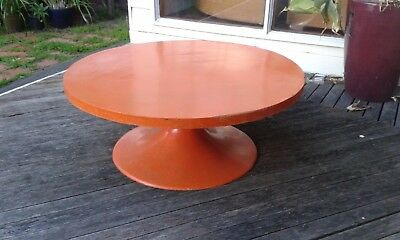 Vintage 70s Retro coffee table