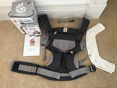 Ergobaby Four Position 360 Carrier (Cool Air) and Teething Pad & Bib