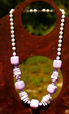 White and lavender purple lucite bead Art Deco  NECKLACE