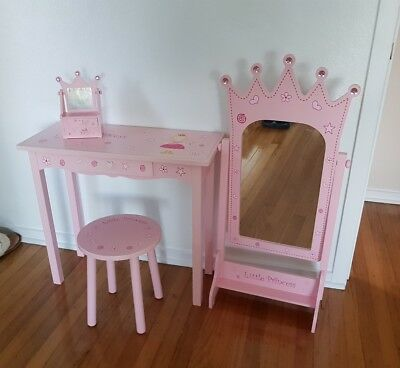 Girls 4 piece mirror, sidetable, chair and jewellery box for kids