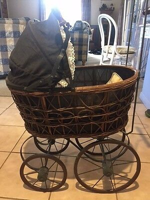 Vintage reproduction doll pram