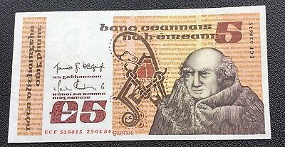 1984 Central bank of Ireland £5 note.