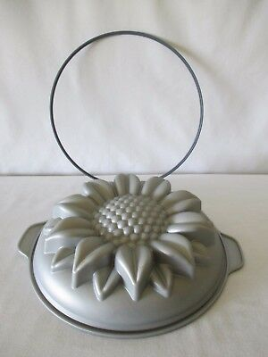 """Silicone Detailed Sunflower Cake Pan 10"""" Round Baking Mold With Retainer Ring"""